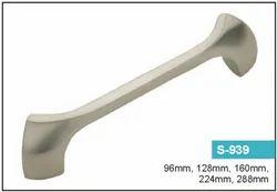 S 939 Zinc Cabinet Handle