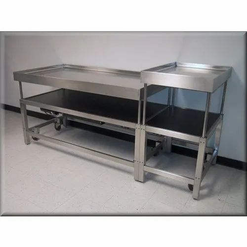 Stainless Steel Laboratory Table, For School Lab, College Lab
