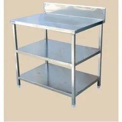 Splash Back Table With Undershelf