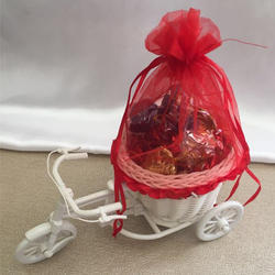 Net Clothes Red Chocolate Gift Cycle