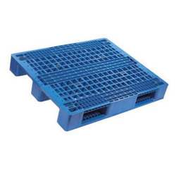 Racking Plastic Pallets