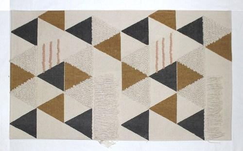 Bharat Exim International White Base with Multi Colour Geometric Rug, Size: 4/6 feet