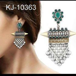 Kaizer Jewellery Party ladies wear earrings