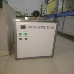 Ultra Cryostatic Bath
