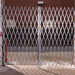 SS Collapsible Gate
