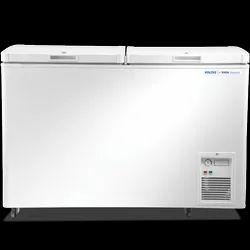 Top Open Door White Voltas Deep Freezer, Automation Grade: Automatic, -25 To +20 C