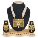 PR Fashion Beautiful Designer Royal Looking Necklace Set