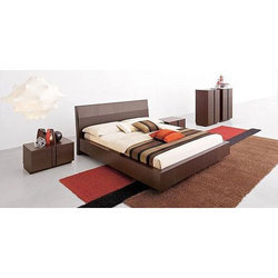 Fancy Brown Wooden Double Bed for Hotel