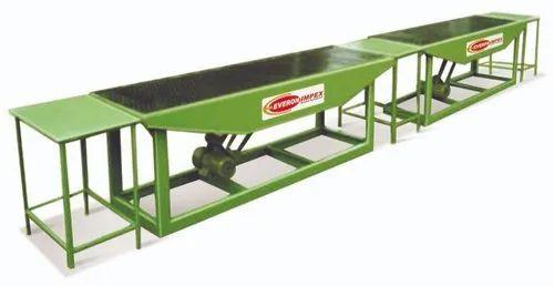 Hydraulic Pressure Solid Everon Impex Vibration Paving Blocks Machine, Capacity: 500-1000 Blocks per hour