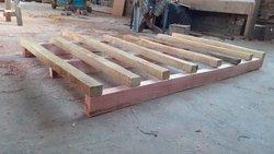 Square Silver Wooden Crates Pallets For Industrial