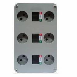 6 Socket Box