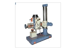 Auto Lift Model Radial Drilling Machine