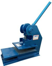 Men Slipper Cutting Press