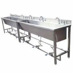 Pedastal/Foot Operated SS wash basins