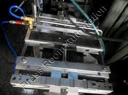 Pneumatic Feeder for Feeding 2 Strips