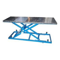 Comfort products Hydraulic Motorcycle Ramp Lift, For Two Wheeler