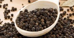 Surendraray & Co Black Pepper Whole
