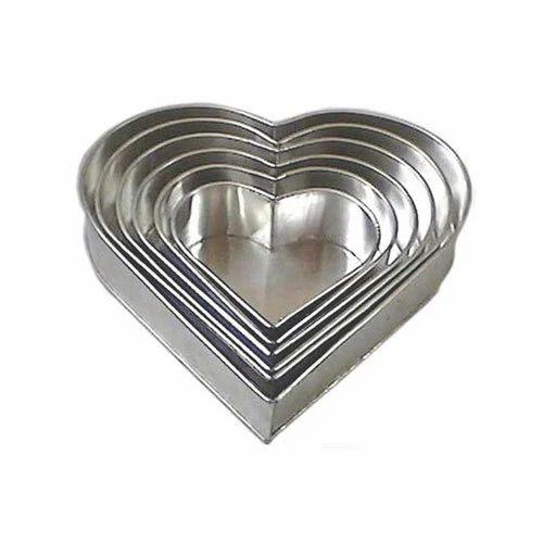 Fabricated Cake Baking Pans Heart Cake Pans Manufacturer
