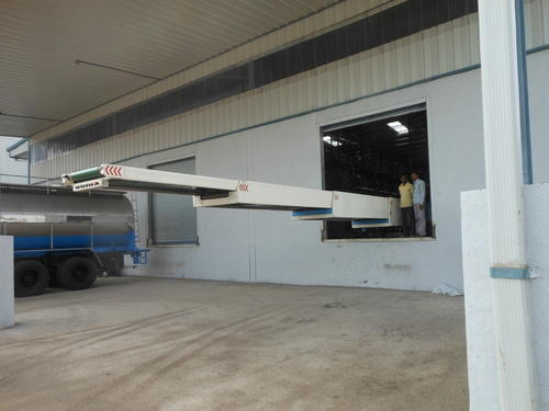 Telescopic Conveyor for Truck Unloading