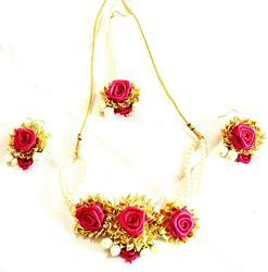 Magenta Gota Patti Jewelry Necklace With Maang Tika & Earrings