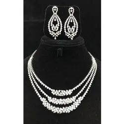 White Gold Diamond Necklace Set