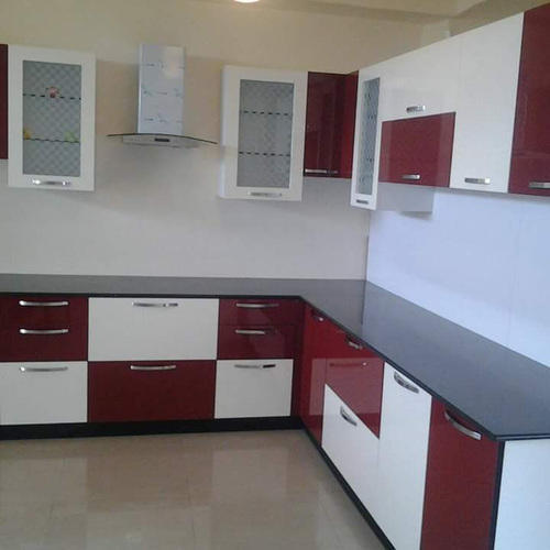 Designer L Shaped Modular Kitchen At Rs 2500 Square Feet: Modern Maroon And White Modular Kitchen, Rs 1260 /square