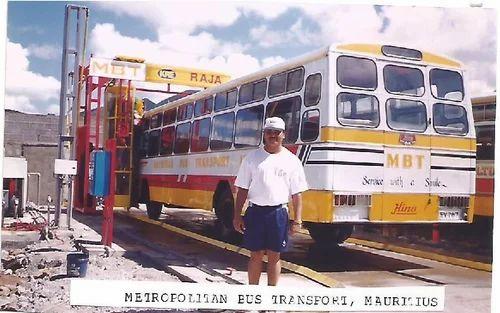 KRE 1 Brush Bus Wash Machine