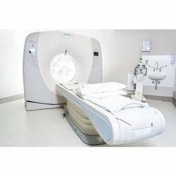 Toshiba Alexion 16 Slice CT Scanner Machine