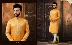 Fashionable Mens Kurta