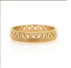Tiara Plain Gold Band Ring