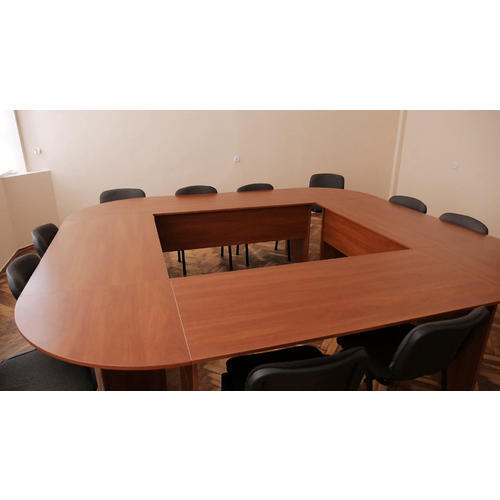 Brown Round Wooden Conference Table Rs Piece Tangudu - Round wood conference table