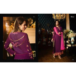 Ladies Full Sleeve Embroidered Fashionable Kurti, Size: L & XL