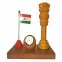 Wooden Pillar Watch