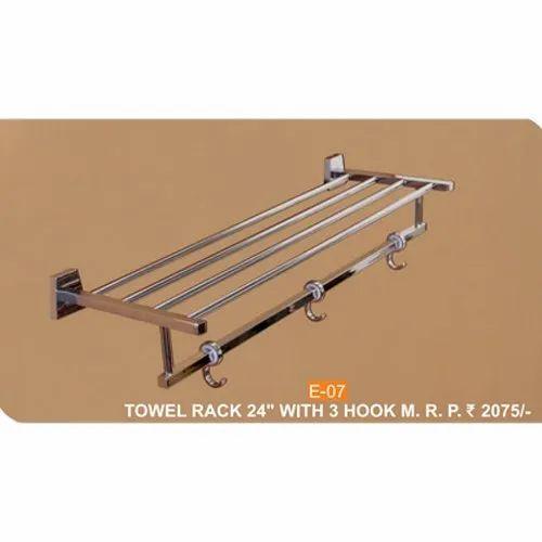 Stainless Steel E 07 Three Hook Towel