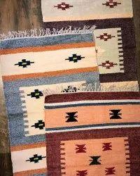 Vimla International Chenille Handwoven Area Rug/ Designer Carpet Rug, Size: 4x6 Feet