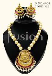 Traditional Temple Design Antique Pendant Sets