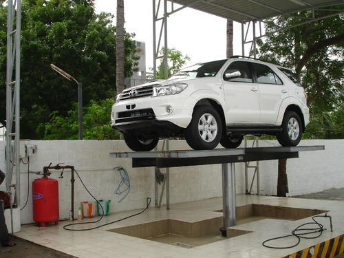 Automobile Washing Lifts 4 Ton Car Washing Lift Manufacturer From