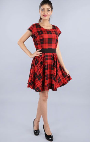8084b9c959e VIVEZA M And S Women Checks Red Dress