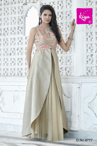 Stylish Evening Gown at Rs 2795 /piece | Party Gowns | ID: 15509034248