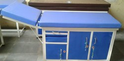 Examination Table Three Cupboard Head Low-up