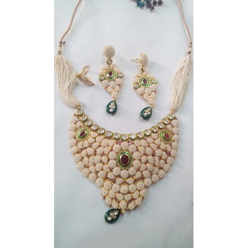 5eedd473875 Pearl Kundan Imitation Necklace Set