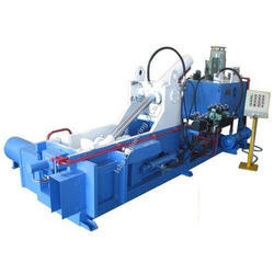 HYDRAULIC PRESS FOR COIR