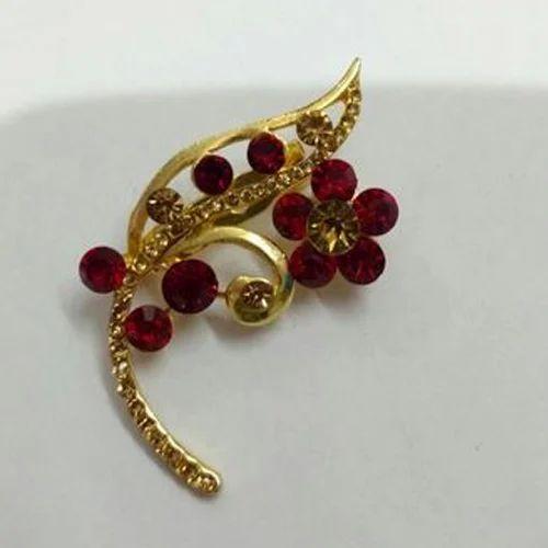 Copper Modern Saree Brooch Pin, Crown Creations | ID: 16510427348