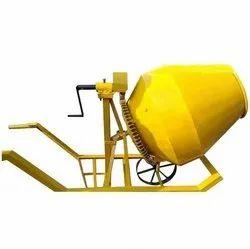 Tilting Drum Mixer Diesel Engine Concrete Mixers, Output Capacity: Custom