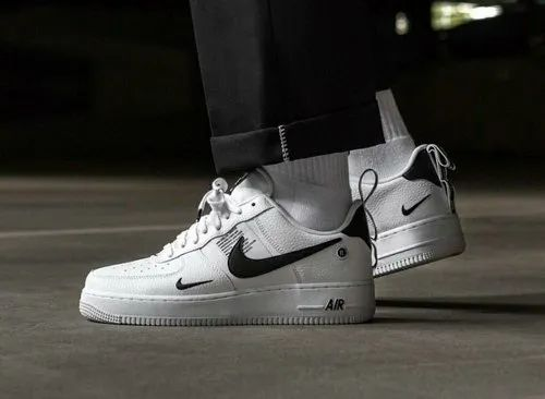 online retailer dirt cheap performance sportswear Nike Airforce 1 Lv8 Utility