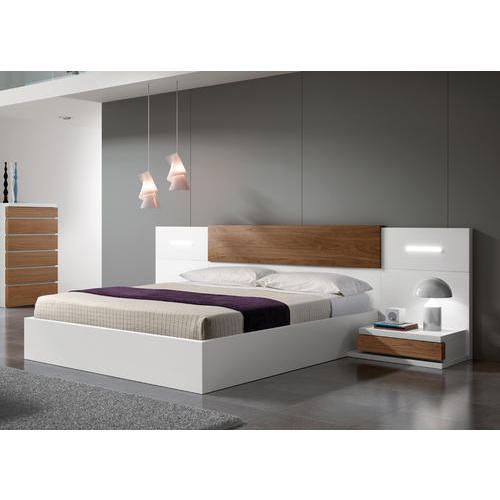 White Laminated Bed At Rs 54000 Piece