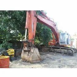 15-30 Day EX300 LCH Tata Hitachi Excavator Hiring Service, in Local