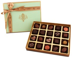 Zoroy Luxury Chocolate Peacock Themed Box With 20 Assorted Chocolate