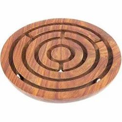 Round Board Puzzle Game