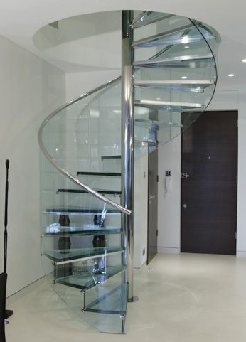 Amazing Glass Spiral Staircase